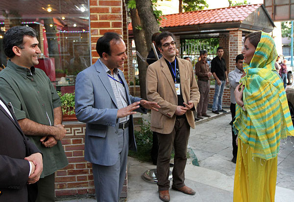 تیپ جدید و دیدنی الناز شاکر دوست در مراسم رالی