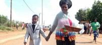ازدواج بی شرمانه زن 61 ساله با پسر 8 ساله (عکس)