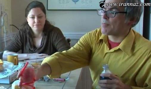 مردی که با نخوردن سوسک و ملخ میمیرد (عکس)