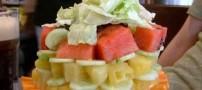 برجی ساخته شده از میوه های رنگارنگ (عکس)