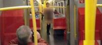برهنه شدن این زن در مترو سوژه رسانه ها شد (عکس)