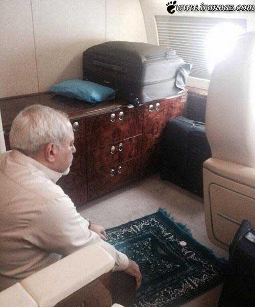 نماز خواندن این فرد مشهور در هواپیما (عکس)