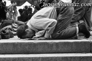 این دانشمند آمریکایی معجزه نماز را کشف کرد! (عکس)