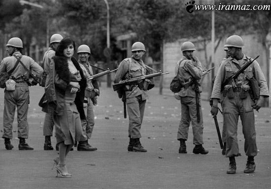 این زن بی حجاب در میان سربازان ایران (عکس)