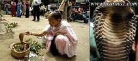 ازدواج شوکه کننده این زن هندی با یک مار (عکس)