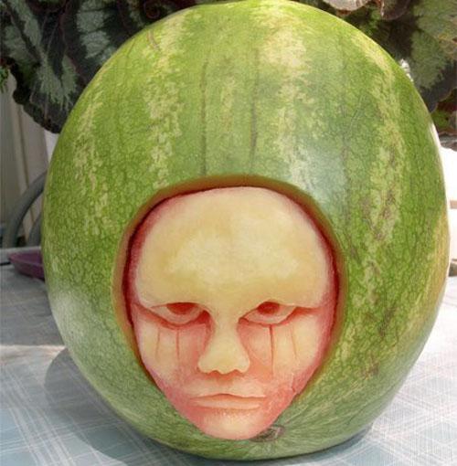 هنرنمایی خلاقانه و زیبا با هندوانه شب یلدا (تصویری)