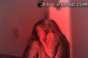 این مرد با این دخترک بی گناه چه کرده؟ (عکس)
