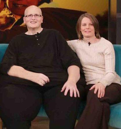 ازدواج بسیار جالب این خانم با مرد 450 کیلویی (عکس)
