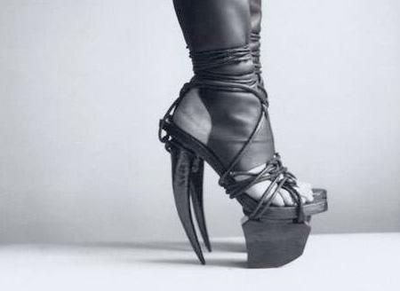 ایده های عجیب و خلاقانه در ساخت کفش (عکس)