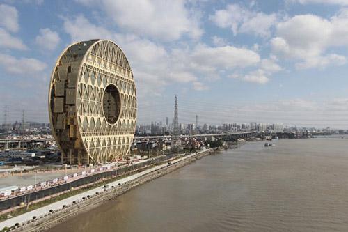 تصاویری عجیب از آسمان خراش ترین ساختمان جهان