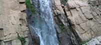 سفری خاطر انگیز به آبشار گنجنامه همدان (عکس)