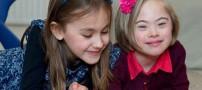 خواهران دوقلویی که اصلا شبیه به هم نیستند! (عکس)