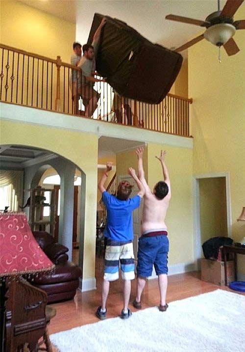 عکس های طنز و خنده دار از آقایان در حال کار کردن