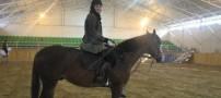 مهناز افشار در حال ورزش اسب سواری (عکس)