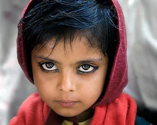 این کودک صاحب زیباترین چشم ها در دنیاست! (عکس)