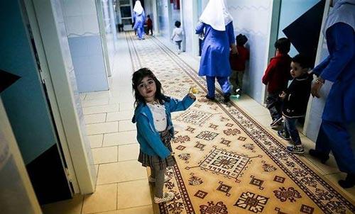 جشن سال تحویل در شیرخوارگاه آمنه (عکس)