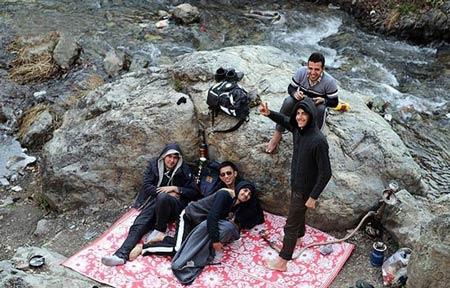 عکس مسافران نوروزی در دربند