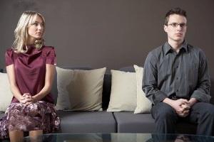 اینگونه با نامزدتان درد دل کنید