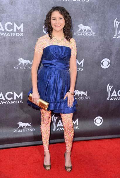 پوشش هنرمندان هالیوود در مراسم ACM AWARDS (عکس)