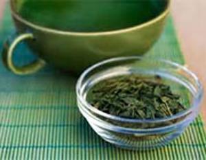 چای سبز و تأثیر بی نظیر آن در رفع جوش و آکنه