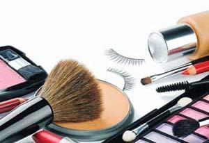 رابطه سردرد با مصرف لوازم آرایشی