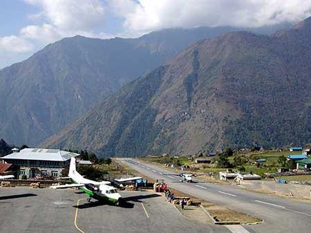 اینجا خطرناک ترین فرودگاه دنیاست (عکس)