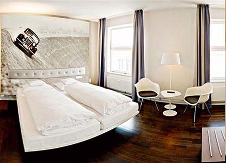 هتلی جالب و جذاب برای دوستداران خودرو (عکس)