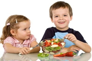 اهمیت بی نظیر و پر خاصیت عصرانه برای کودکان