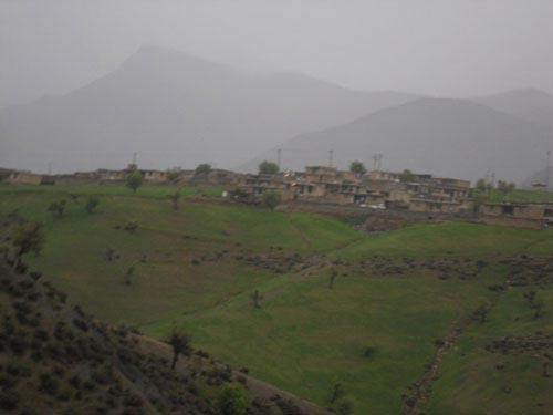 سفری خاطره انگیز و دلچسب به دره عشق (عکس)