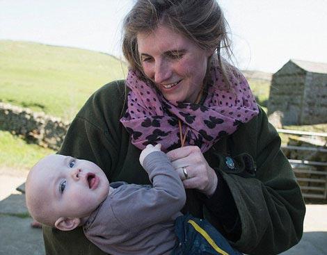 زندگی پر مشقت این زن با 1000 گوسفند! (عکس)