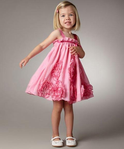 رونالدو همسرش در  مدل لباس های مجلسی شیک برای دختر بچه ها (عکس)