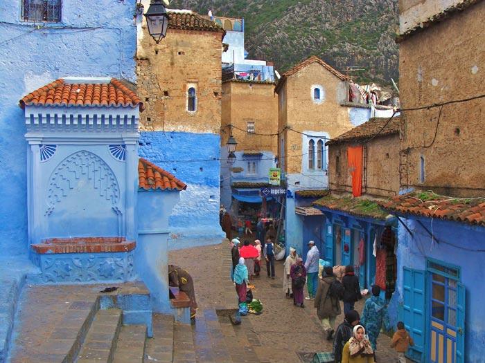 عکس هایی از شهری که از آسمان آبی، آبی تر است