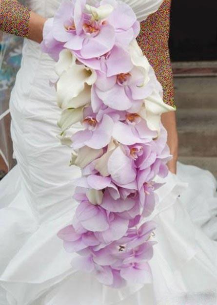 گلچینی از مدل های زیبای دسته گل عروس (عکس)