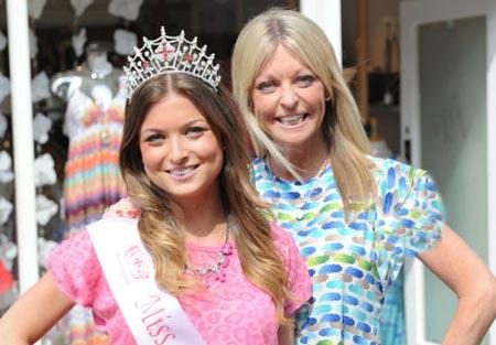 این مادر و دختر به عنوان ملکه زیبایی انتخاب شدند