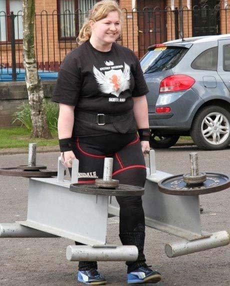 شرکت قویترین زنان در مسابقات زنان آهنین (عکس)