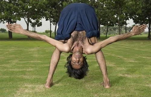 این مرد انعطاف پذیرترین بدن دنیا را دارد (عکس)
