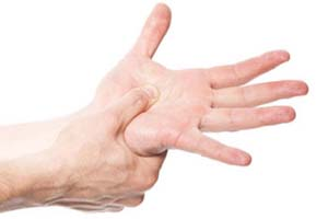 مهم ترین علت های خواب رفتن دست و پاها