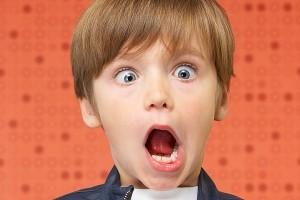 حمله بی رحمانه با ساطور به بچه های مدرسه ای