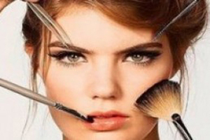 ترتیب صحیح آرایش کردن برای آنکه زیباتر شوید