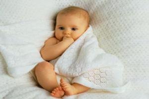 چگونه نامی زیبا برای فرزندم انتخاب کنم؟