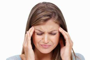 مصرف کافئین برای افرادی که سردرد دارند مفید است یا مضر؟