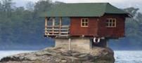 زندگی جالب در خانه ای وسط رودخانه جاری (عکس)