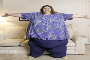 این خانم رکورد چاق ترین فرد دنیا را شکست! (عکس)