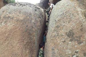 کوهنوردی این خانم برایش دردسرساز شد! (عکس)