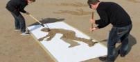 خلاقیت شگفت انگیز دو جوان در کنار ساحل (عکس)