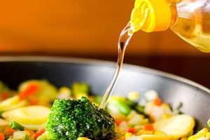 شیوه صحیح سرخ کردن غذا برای جلوگیری از چاقی