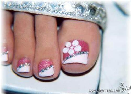 نمونه طراحی های زیبا روی ناخن پا