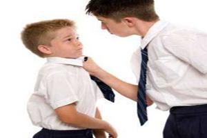 با بچه های زورگو چگونه رفتار کنیم؟