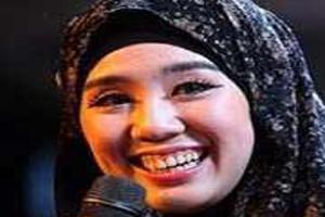 خانم مانکن و مدل مالزیایی مسلمان شد (عکس)
