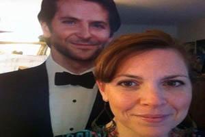 زندگی جالب این خانم با یک شوهر مقوایی! (عکس)